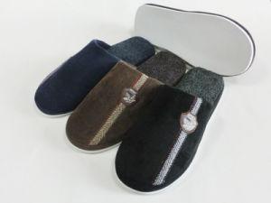 Indoor Winter Nice Warm Slipper for Men pictures & photos