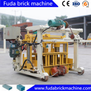 2017 Factory Price Mobile Egg Laying Block Making Machine pictures & photos