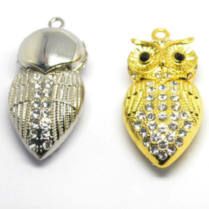 Owl Crystal U Disk Personalized Diamond Necklace USB Creative Accessories Gifts U Disk pictures & photos