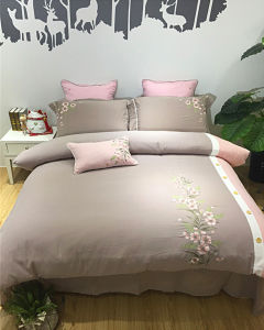 Comforter Set Luxury Cotton Bedding Hotel Collection for Bedroom pictures & photos