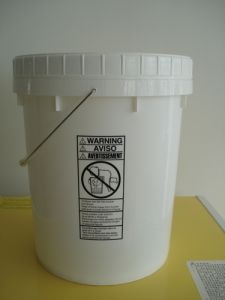 20L Pail with Screw Lid pictures & photos