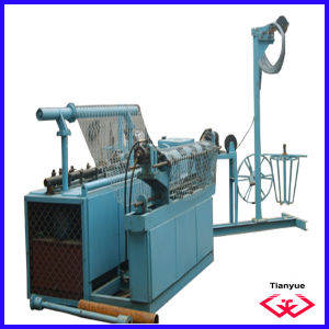Automatic Chain Link Fence Machine (TYD-0227) pictures & photos
