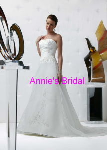 Wedding Dress (A242)