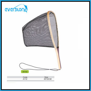 Hot Selling Wood Grip Fly Fishing Net Fishing Tackle Landing Net pictures & photos