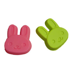 LFGB Colorful Silicone Cute Rabbit Cake Mould pictures & photos