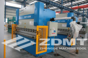 Hydraulic Pressbrake Machine (WC67Y-125T3200MM) pictures & photos