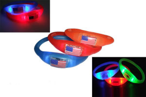 Fashionable Non-Toxic LED Silicone Flashing Bracelet pictures & photos