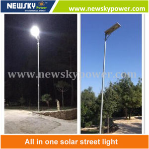 PIR Sensor Outdoor Integrated Solar LED Garden Street Lighting pictures & photos