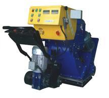 Lb650 Heavy Duty Shot Blasting Machine pictures & photos