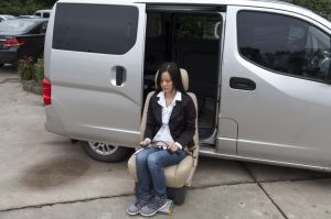 Swivel Car Seat for Car and Van Loading 120kg pictures & photos