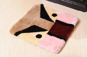 Furry Sheepskin Chair Cushions for Home and Office pictures & photos