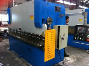 CNC Hydraulic Press Brake Metal Plate Bending Machine (CLPB-FY 100T/3200)