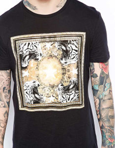 China Factory Custom Men′s Cotton Fashion Retro Tees pictures & photos