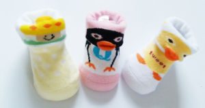 OEM Rubber Sole Anti - Slip Good Quality New Born Cartoon 3 D Baby Socks pictures & photos