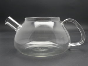 2015 Heat Resistant Elegant Glass Teapot/ Infuser Flower/Green Tea Pot 1000ml Size pictures & photos