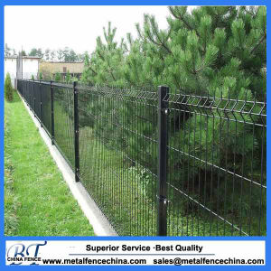 Green Color Powder Coated PVC Coated Metal Fence Panels pictures & photos