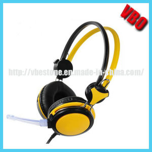 Colorful Multimedia Stereo Headphones with Volume Control pictures & photos