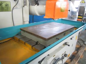 (M7160 table size 1250 X600mm) High Quality Surface Grinder pictures & photos