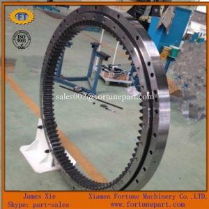 Doosan Komatsu PC220 Excavator Spare Parts Swing Circle pictures & photos