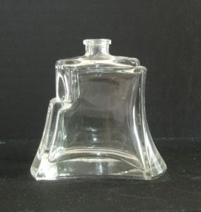 Good Quality Glass Perfume Bottle Shapes for Perfume pictures & photos