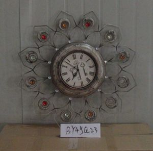 Customized Round Iron Clock Home Decor