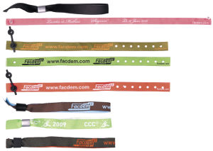Custom Promotional Cheap Fabric Polyester Woven Wristband From China pictures & photos