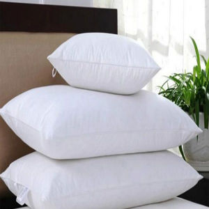 Down and Down Alternative Bed Pillows Hotel Pillow (DPF10124) pictures & photos