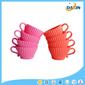 New Arrival Custom Design Food Grade Siicone Cup Cake Mould pictures & photos
