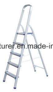 Aluminum Ladder Aluminium Alloy Extrusion Profile for Door and Window 01 pictures & photos