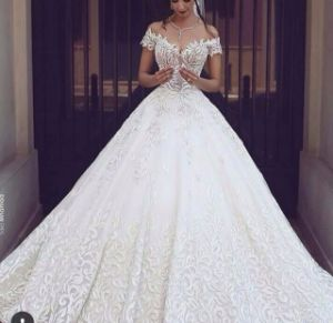 Arabic Bridal Ball Gown off Shoulder Lace Wedding Dress Mrl2873 pictures & photos
