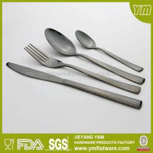 SGS, FDA, LFGB Stainless Steel Dinner Gold Flatware Set pictures & photos