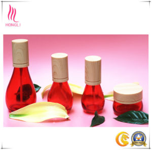 Beautiful Red Glass Packages with Eco-Friendly Bamboo Caps pictures & photos