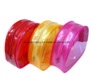 Colorful PVC Bag with Zipper and Piping for Packing Cosmetic pictures & photos