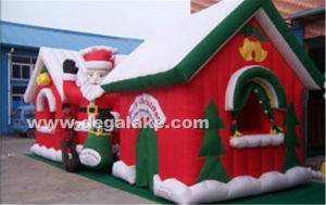 Inflatable Christmas House Tent with Santa Claus for Christmas pictures & photos