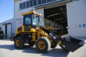 Chinese Good Price Small Front Mini Wheel Loader for Sale pictures & photos