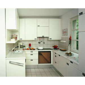 Newly White Matte Lacquer MDF Wood Kitchen Cabinets pictures & photos