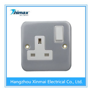 13A 1gang Metal Wall Control Switch Socket Outlet pictures & photos