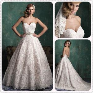 Elegant Ivory Lace Strapless Vintage Satin Gown Wedding Dress (Dream-100035) pictures & photos