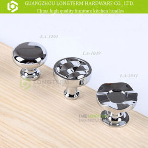 Modern Design Polishing Zinc Bathroom Knobs pictures & photos