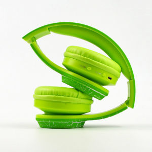 Portable Folding Sports Wireless Bluetooth Headset Stereo Bluetooth Headphone pictures & photos