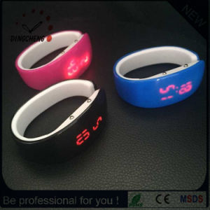 Fashion Lady Silicone Wristband Digital LED Watch (DC-1355) pictures & photos