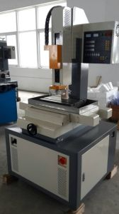 EDM Small Hole Drilling Machine 300*400mm pictures & photos