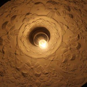 Modern Simple Hotel Decorative Black Resin Round Pendant Lamp pictures & photos