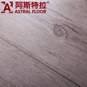 2015 New Product 12mm E1 German Technology Laminate Flooring (AB9910) pictures & photos