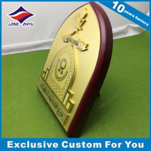 Custom Wood Shield Cast Metal Souvenir Gold Plated Plaques Trophy pictures & photos