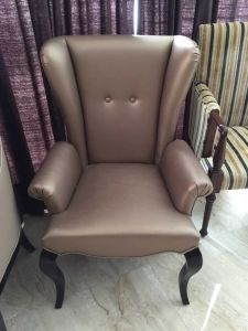 Chair/Foshan Hotel Furniture/Restaurant Chair/Foshan Hotel Chair/Solid Wood Frame Chair/Dining Chair (NCHC-023) pictures & photos