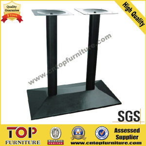 Rectangular Top Steel Base Restaurant Table pictures & photos