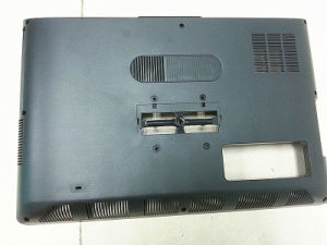 OEM Yixun Custom Plastic Injection Mould for Computer Cover pictures & photos