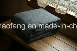 Woven Woolen 50%Wool/50%Polyester Blended Emergency Refugee Blanket pictures & photos