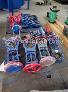 Flange Type or Lug Type Knife Gate Valve with Hand Wheel pictures & photos